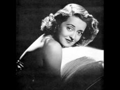 Mom loved the old movies - of course, they weren't so old back in the huh? But Bette Davis was probably one of her favorite actresses - very talented lady. (Mom and Bette Davis) Hollywood Stars, Best Hollywood Actress, Hollywood Hills, Old Hollywood Glamour, Hollywood Actresses, Classic Hollywood, Hollywood Theme, Hollywood Icons, Vintage Hollywood