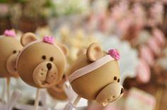 Teddy bear party cake pops