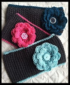 MATERIALS: Size H crochet hook WW yarn- Caron Simply Soft used here 2 Buttons: 1 inch button for flower & 1.5 inch button for back closure Scissors Yarn needle STITCHES USED: sc- single crochet...