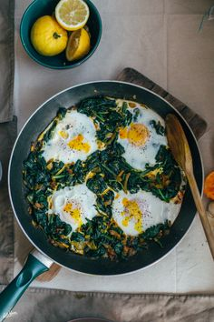Narcissus, Persian Spinach and Eggs (Nargessi) | Lab Noon