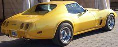 Chevrolet Corvette Stingray 1976, dorado, V8 350 manual, leva edelbrok, techo tiptop. Inobjetable. Sólo para coleccionistas y exigentes.  http://www.arcar.org/chevrolet-corvette-55128
