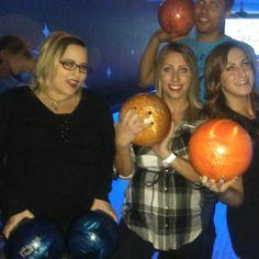 @ #eds with @east47th Marina and Mark #bowling #happybirthday #midnight #balls #blueballs #redeye #tattoos #girlwithglasses #kreepsville666 #redlipstick #bleached #fun #blacklight #hollyandbrian #saturday #yeg #edmonton #pants #cajunstyle by hollabrunn