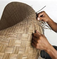 Filipino Handwoven Chair 'Tikog' Filipino Art, Filipino Culture, Arts And Crafts Storage, Craft Storage, Rock Crafts, Diy Crafts, Philippines Culture, Filipiniana, Textiles