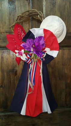 Ideas Para Fiestas, Deco Mesh, 4th Of July Wreath, Arts And Crafts, Wreaths, Pictures, Design, Folklore, Kids