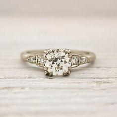 lovely ring! Image of .94 Carat Old European Cut Diamond Engagement Ring