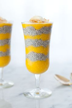 No sugar added healthy tropical coconut mango chia pudding - Snixy Kitchen
