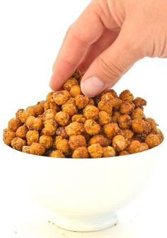 Ridiculously crunchy & addictive Cheese & Onion Roasted Chickpeas. The perfect savoury snack, soup or salad topper, but just a warning, once you start eating them you just can't stop!