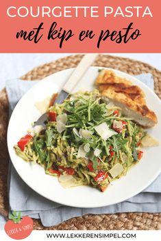 Courgette pasta met kip en pesto - in 20 minuten klaar! - Lekker en Simpel Mexican Dinner Recipes, Winter Dinner Recipes, Pesto, 15 Min Meals, A Food, Food And Drink, Evening Meals, Light Recipes, Pasta Recipes