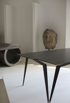 "loving the mix of sculptural furniture/objects de art..."")"