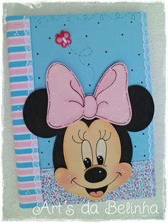 Minie Cool Paper Crafts, Foam Crafts, Diy And Crafts, Crafts For Kids, Diy Notebook, Decorate Notebook, Mickey E Minnie Mouse, Diy School Supplies, Paper Art