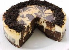 Brownie Cheesecake Ingredients: 1 package Betty Crocker German chocolate cake mix cup shredded c Cheesecake Brownies, Chocolate Swirl Cheesecake, Brownie Cheesecake, Best Cheesecake, Brownie Cake, Unique Recipes, Sweet Recipes, Chocolate Bis, Dessert Recipes