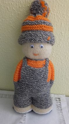 Knitted Doll Patterns, Knitted Dolls, Crochet Dolls, Knitting Patterns Free, Loom Knitting, Baby Knitting, Cute Crochet, Knit Crochet, Worry Dolls
