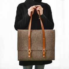 30+OFF+wool+felt+SATCHEL+with+leather+handles++by+anonimaMenteSHOP