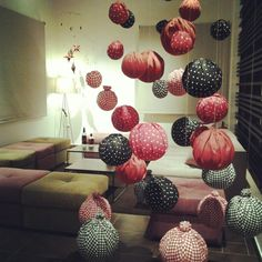 Invisible xmas tree fabric balls