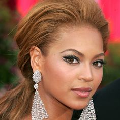 Look of the Day photo | Beyonce - 2005