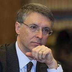 Anticorruzione, Cdm ridimensiona Cantone: tolti poteri all'Anac su appalti - Repubblica.it