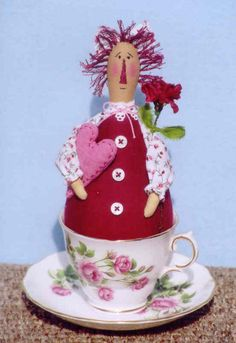 Happy Heart Patterns e-Patterns Heart Patterns, Doll Patterns, Stitch Doll, Cupcake In A Cup, Beautiful Cupcakes, Pin Cushions, Beautiful Dolls, Holiday Crafts, Art Dolls