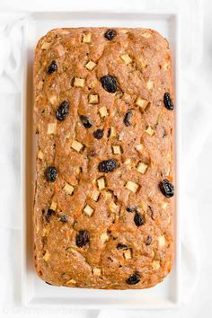 Healthy Morning Glory Zucchini Bread -- only 119 calories! Moist tender full of cozy spices. And SO easy to make! Easily the BEST zucchini bread I've ever had! healthy no sugar zucchini bread. easy greek yogurt z Healthy Muffin Recipes, Healthy Muffins, Healthy Cookies, Healthy Dessert Recipes, Healthy Baking, Healthy Treats, Eating Healthy, Clean Eating, Best Zucchini Bread
