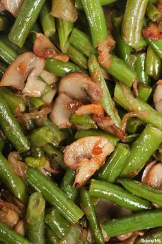 Green Beans and Mushrooms A delicious and easy side dish that everyone can enjoy--Sauteed Green Beans and Mushrooms.A delicious and easy side dish that everyone can enjoy--Sauteed Green Beans and Mushrooms. Sauteed Green Beans, Sauteed Greens, Sauteed Vegetables, Veggies, Vegetable Side Dishes, Side Dishes Easy, Side Dish Recipes, Vegetable Recipes, Diabetic Side Dishes