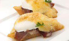 Receta de Huevos con holandesa Pan Frito, Sandwiches, Eggs, Tortillas, Breakfast, Dinner, Food, Gratin, Poached Egg Recipes