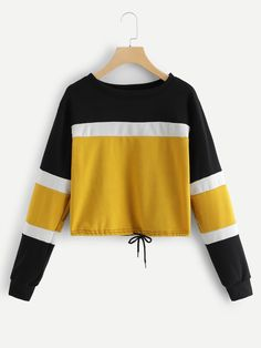 Colorblock Drawstring Front Sweatshirt -SheIn(Sheinside) Cute Comfy Outfits, Trendy Outfits, Cool Outfits, Sweatshirt Outfit, Sweater Hoodie, Sexy Bikini, Trendy Hoodies, Crop Top Sweater, Love Clothing
