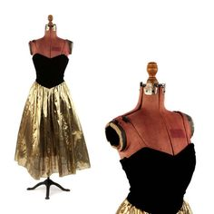 Vintage 1980's Black Velvet + Gold Metallic Lame Sweetheart Bust Strapless Mini Party Cocktail Prom Dress S