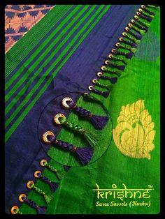 Simple pattu and silk saree kuchu design - Indian Fashion Ideas Saree Tassels Designs, Saree Kuchu Designs, Silk Saree Blouse Designs, Saree Blouse Patterns, Bridal Blouse Designs, Dress Patterns, Sari Draping Styles, Silk Thread Bangles Design, Elegant Saree