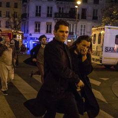 Ce 13 novembre une nuit printanière bascule dans l'horreur   Cliquez sur la photo pour lire l'article dans Le Figaro  via Instagram http://ift.tt/2eB2AHS  #JesuisParis A la une Actualité Civili Terrorisme
