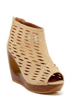 Bucco Prema Cutout Wedge Bling Shoes ad812bee861