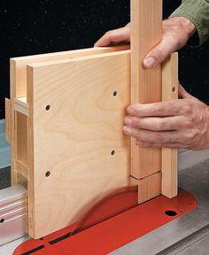 Woodworking Jig Plans, Woodworking Table Saw, Woodworking Workshop, Woodworking Techniques, Woodworking Furniture, Serra Circular, Diy Table Saw, Wood Shop Projects, Woodworking Projects Diy