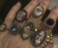 Grunge Jewelry, Funky Jewelry, Cute Jewelry, Jewelry Accessories, Jewlery, Jewelry Rings, Piercings, Accesorios Casual, Dye My Hair