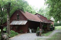 Fillauer Lake House and Barn - Cleveland, TN