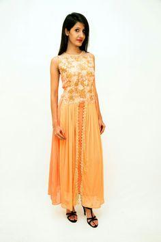 Get your ethnic #fashion fix.. all on Tahilyani