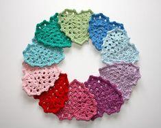 Tutorial-Istruzioni per realizzare una piastrella uncinetto/crochet a forma di cuore.