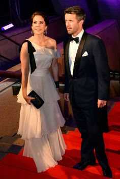 MYROYALS &HOLLYWOOD FASHİON: Crown Prince Frederik and Crown Princess Mary Visit Sydney - Day 5-at the Crown Princely Couple Awards 2013