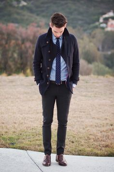 Casaco esportivo com camisa e gravata