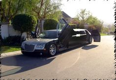 Gangsta Limousines 10 seat chrysler 300c limo hire perth