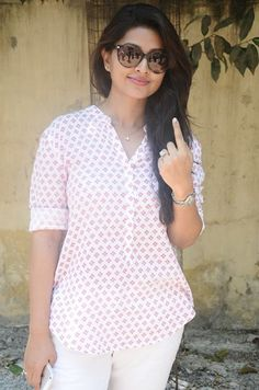 Actress Sneha at Poll Booth