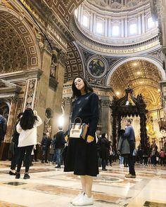 Claudia Barretto, Julia Baretto, Ellie Saab, Instagram Ideas, Rich Girl, Ph, Outfit Ideas, Ootd, Classy