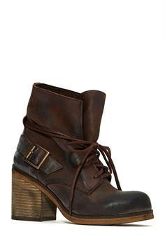 Jeffrey Campbell Kickback Boot | Shop Shoes at Nasty Gal