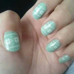 Scandinavian style nails