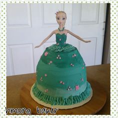 Cake Elsa Frozen Fever : 1000+ ideas about Frozen Barbie Cake on Pinterest Barbie ...