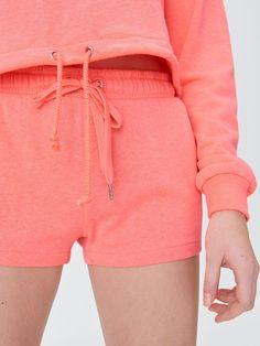 Pantaloni scurți sportivi, SINSAY, XN689-32F Tracksuit Bottoms, Short Dresses, Sport, Women, Fashion, Short Gowns, Moda, Deporte, Fashion Styles