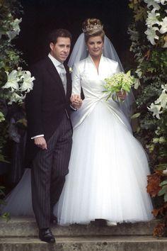 El vizconde David Linley y la honorable Serena Stanhope el día de su boda el 8 de octubre de 1983.