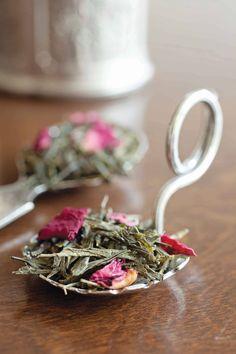 Loose leaf tea, blended with flowers, and looking so elegant!
