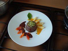 Budino di ricotta  al  cioccolato e pistacchio  salse di arancia  amara  e   cacao    Gino D'Aquino