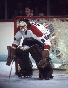 Ken Dryden (1970-79) Hockey Goalie, Hockey Teams, Hockey Players, Ice Hockey, Hockey Stuff, Montreal Canadiens, Ken Dryden, La Kings Hockey, Hockey Pictures