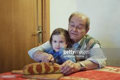 Foto de stock : Girl with grandfather