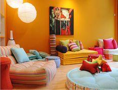 [Extra] Se tivermos um tapete, podemos pensar até em colocar um ou dois futons no chão