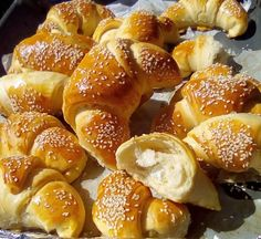 Greek Recipes, Baby Food Recipes, Pizza Tarts, Croissant, Pretzel Bites, Finger Foods, Love Food, Donuts, Food And Drink